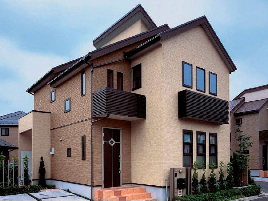 Фасад дома из панелей KMEW